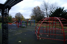 vauxhall park children's playground